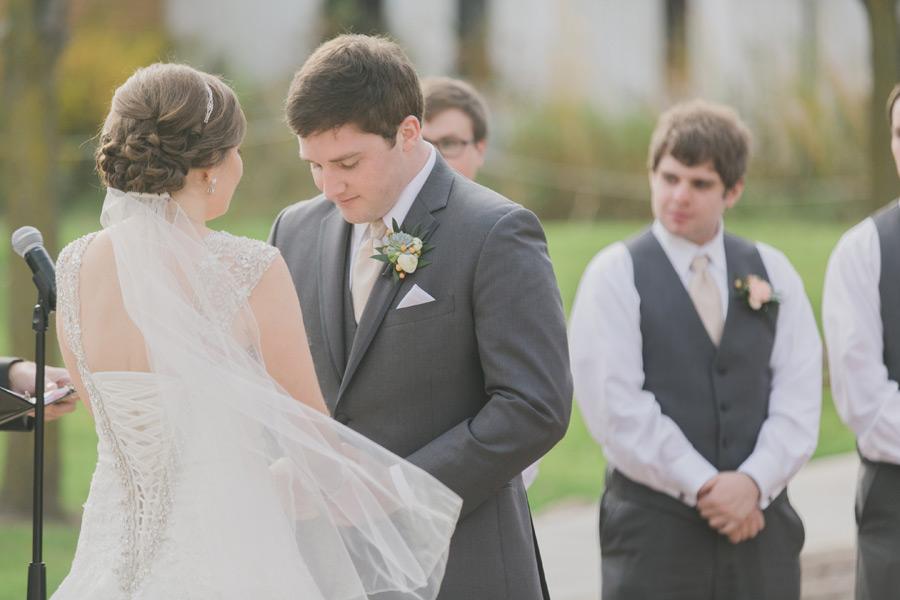 byron-colby-barn-wedding-035