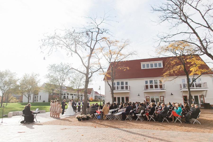 byron-colby-barn-wedding-036