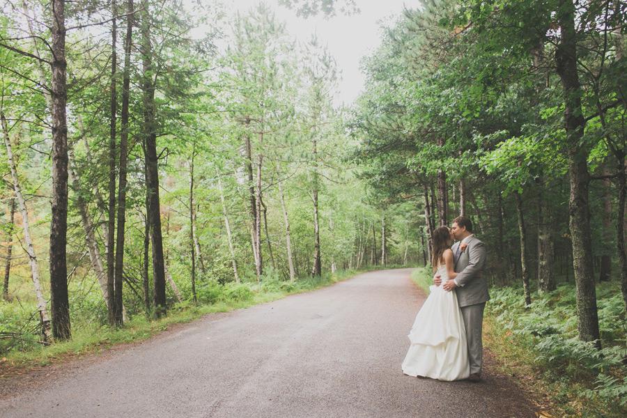 northwoods-wisconsin-wedding-photographer-009