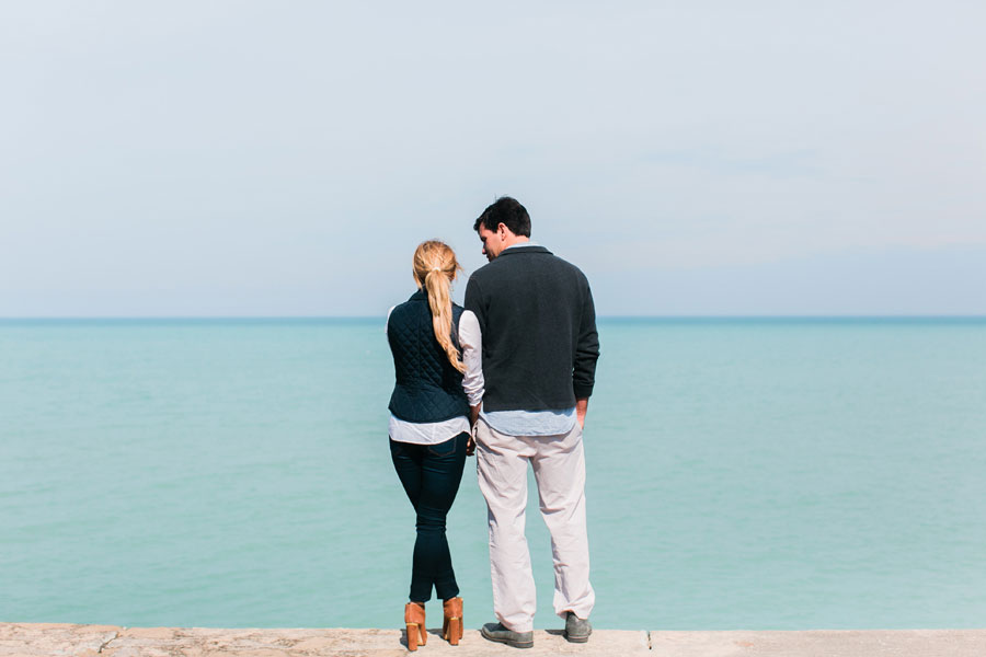 lake-forest-engagement-photos-005