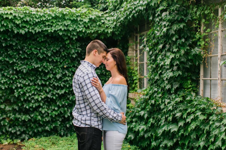 garfield-park-conservatory-engagement-007