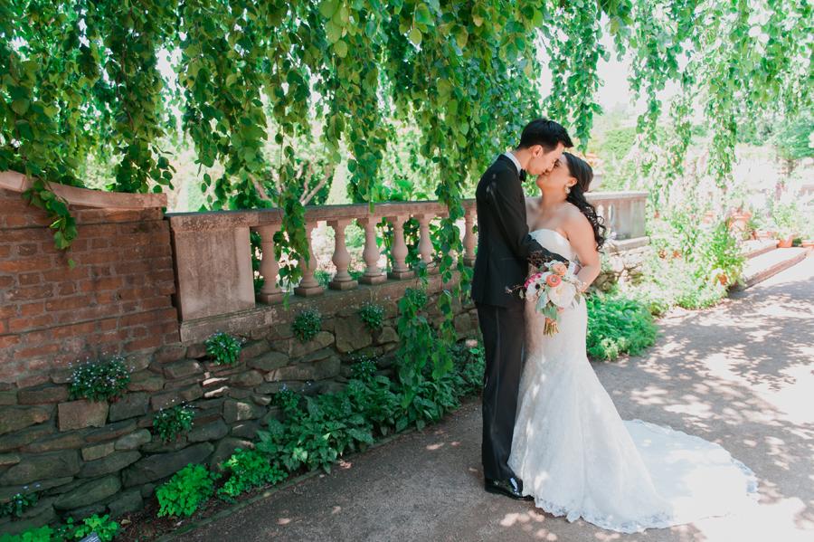 winnetka-walled-garden-wedding-017
