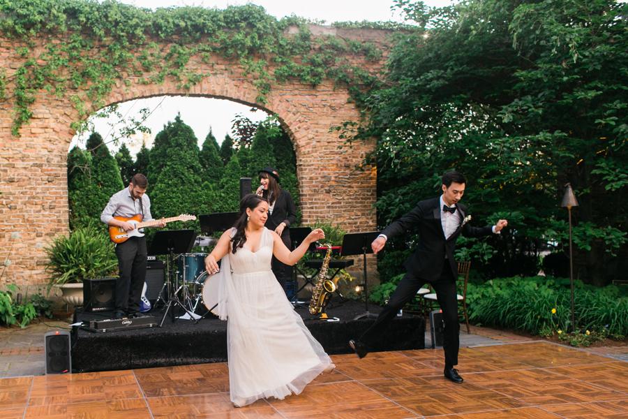 winnetka-walled-garden-wedding-035