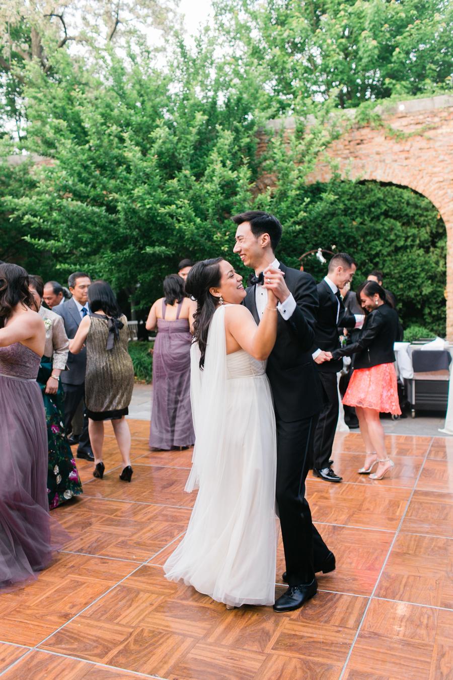 winnetka-walled-garden-wedding-038