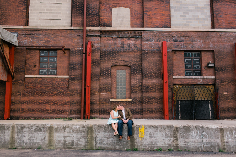 west-loop-chicago-engagement-007