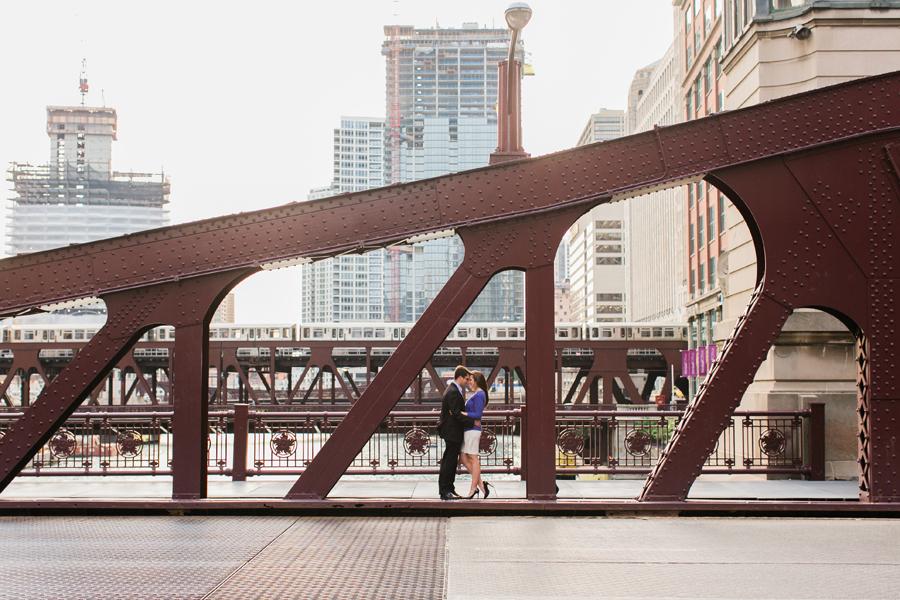 chicago-summer-engagement-005