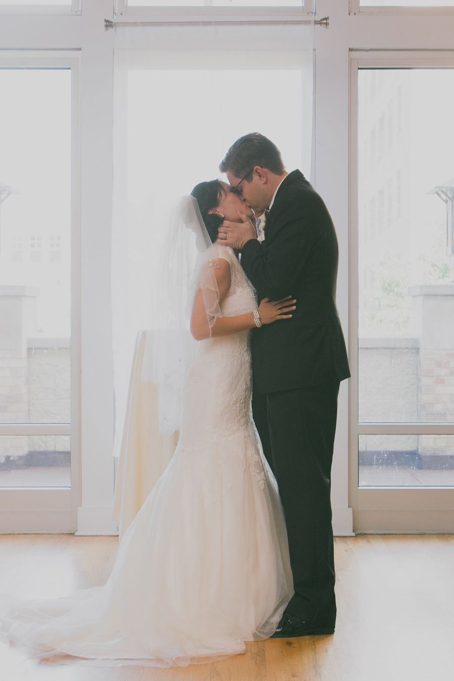 metropolis-ballroom-wedding-033