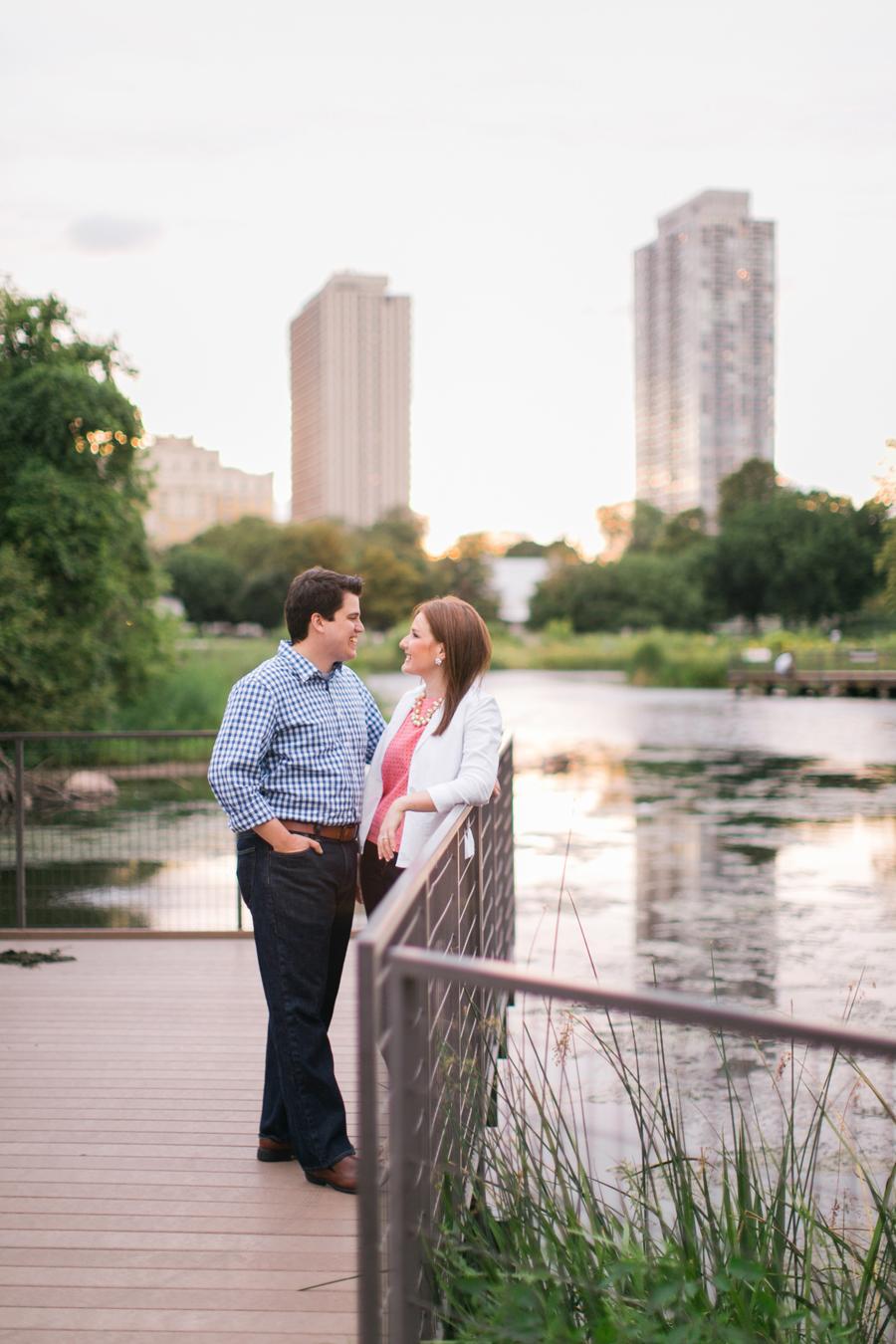 chicago-engagement-photos-009