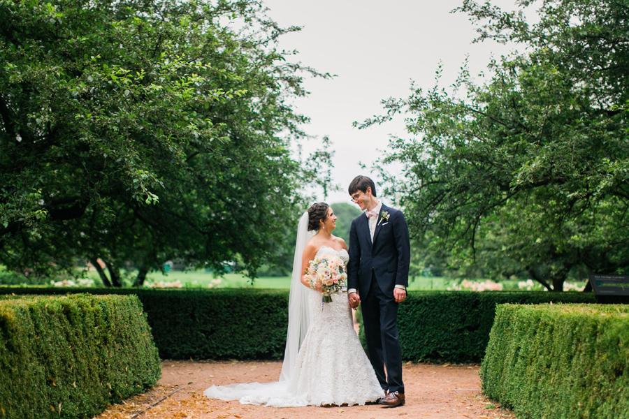 morton-arboretum-wedding-photo-001
