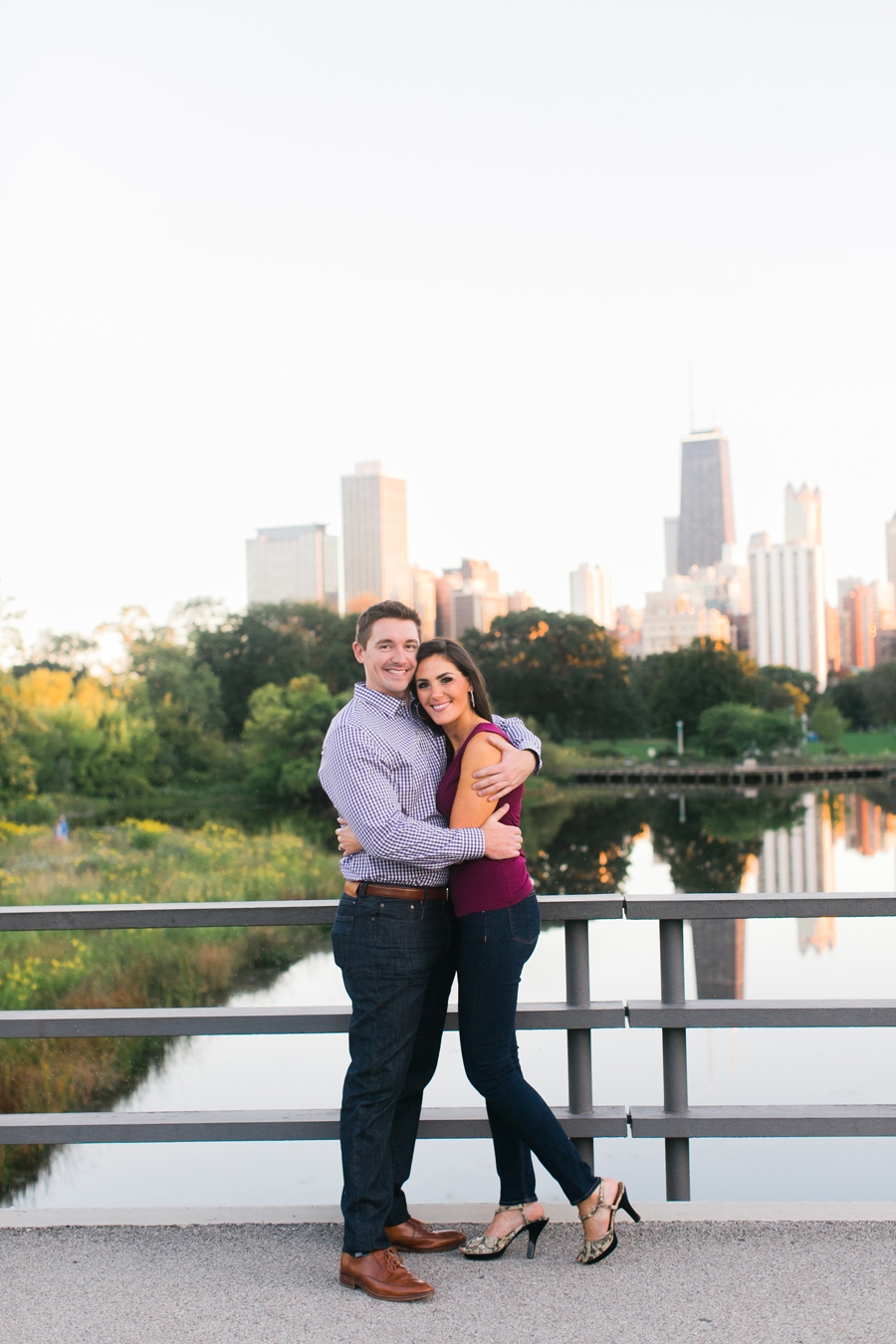 lincoln-park-engagement-photos-009