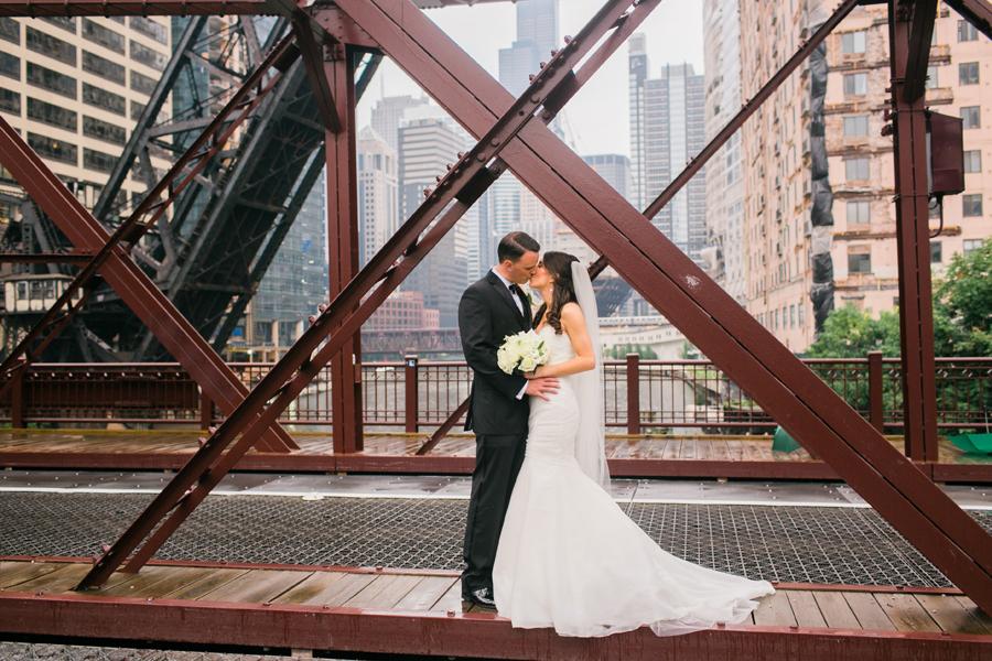 newberry-library-wedding-photos-017