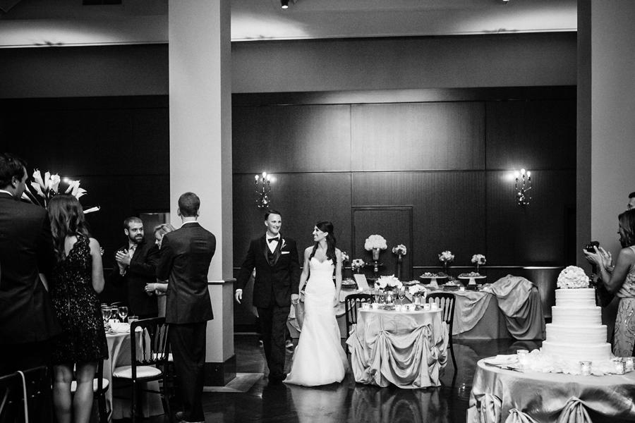 newberry-library-wedding-photos-033