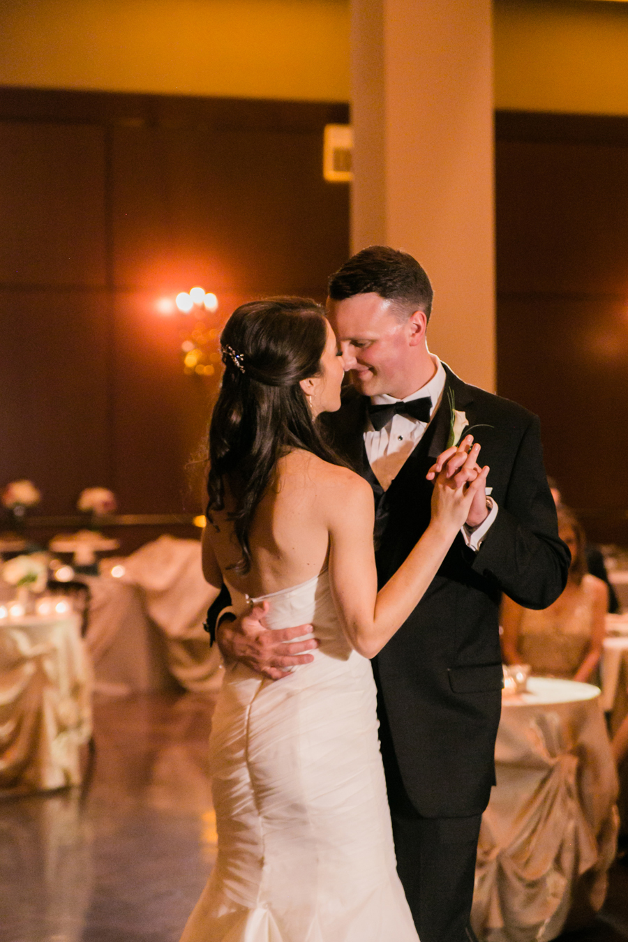 newberry-library-wedding-photos-036