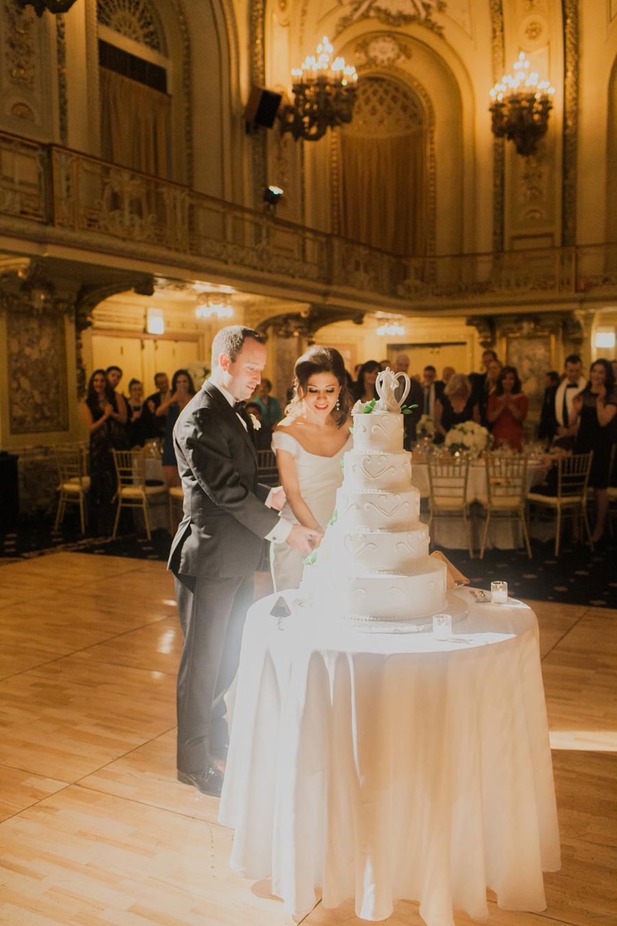 chicago-congress-plaza-hotel-wedding-024