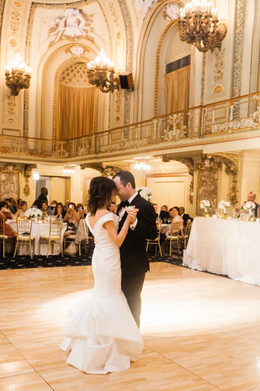 chicago-congress-plaza-hotel-wedding-027
