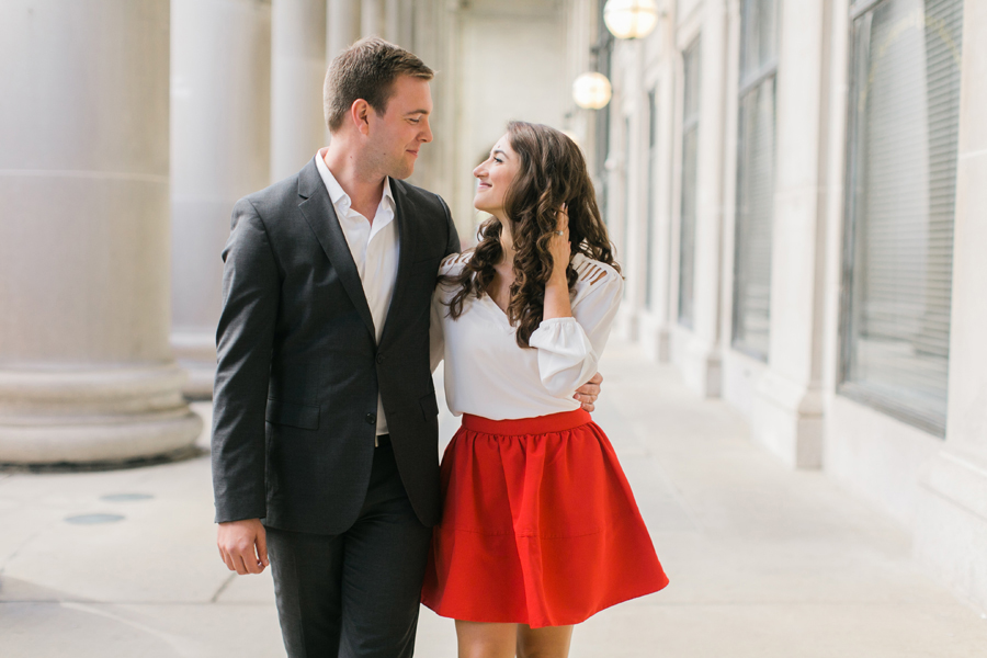 downtown-chicago-engagement-photos-001
