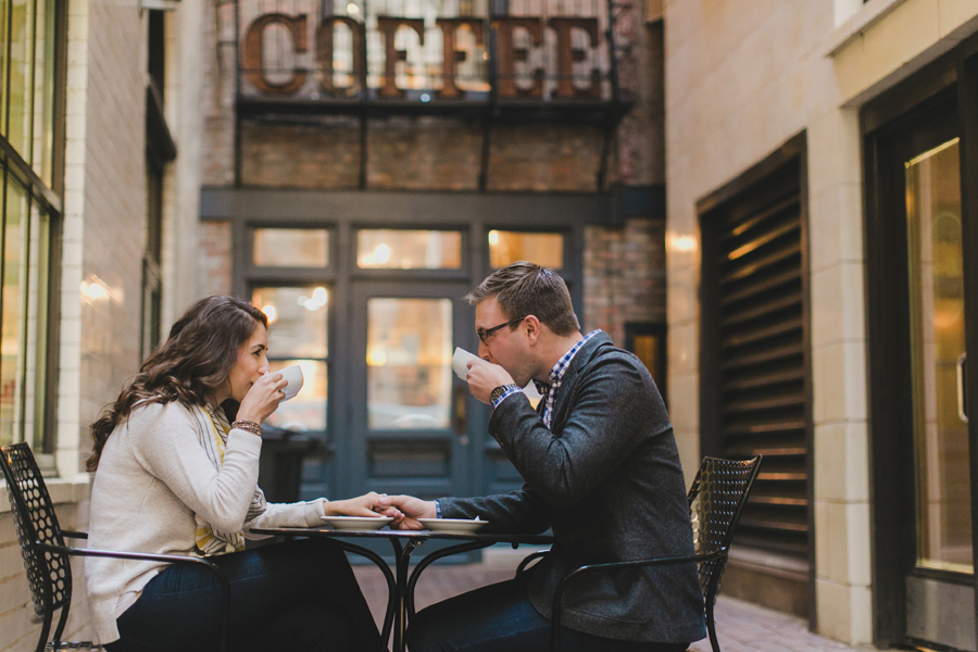 chicago-coffee-shop-engagement-photos-004
