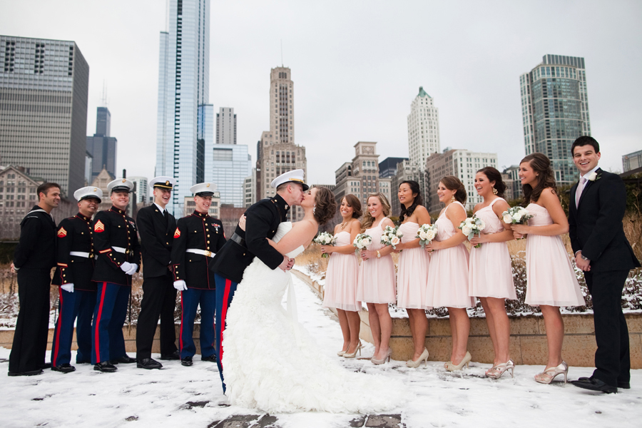 chicago-winter-wedding-photo-tips