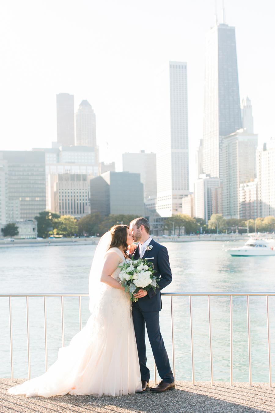 intimate-restaurant-wedding-chicago-001