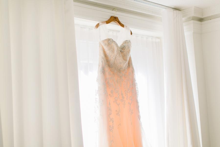 intimate-restaurant-wedding-chicago-002