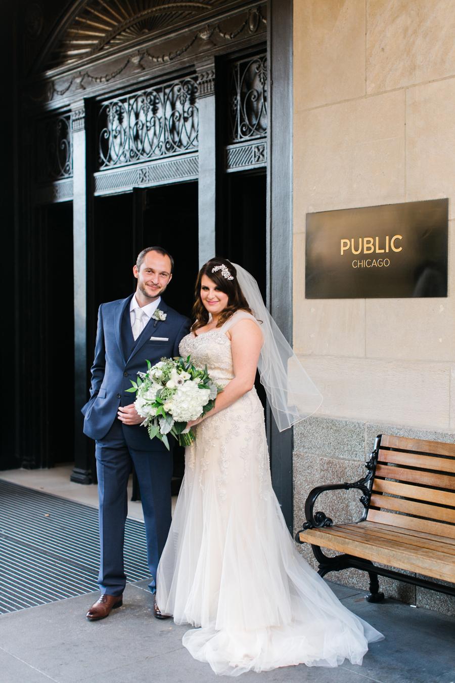 intimate-restaurant-wedding-chicago-010