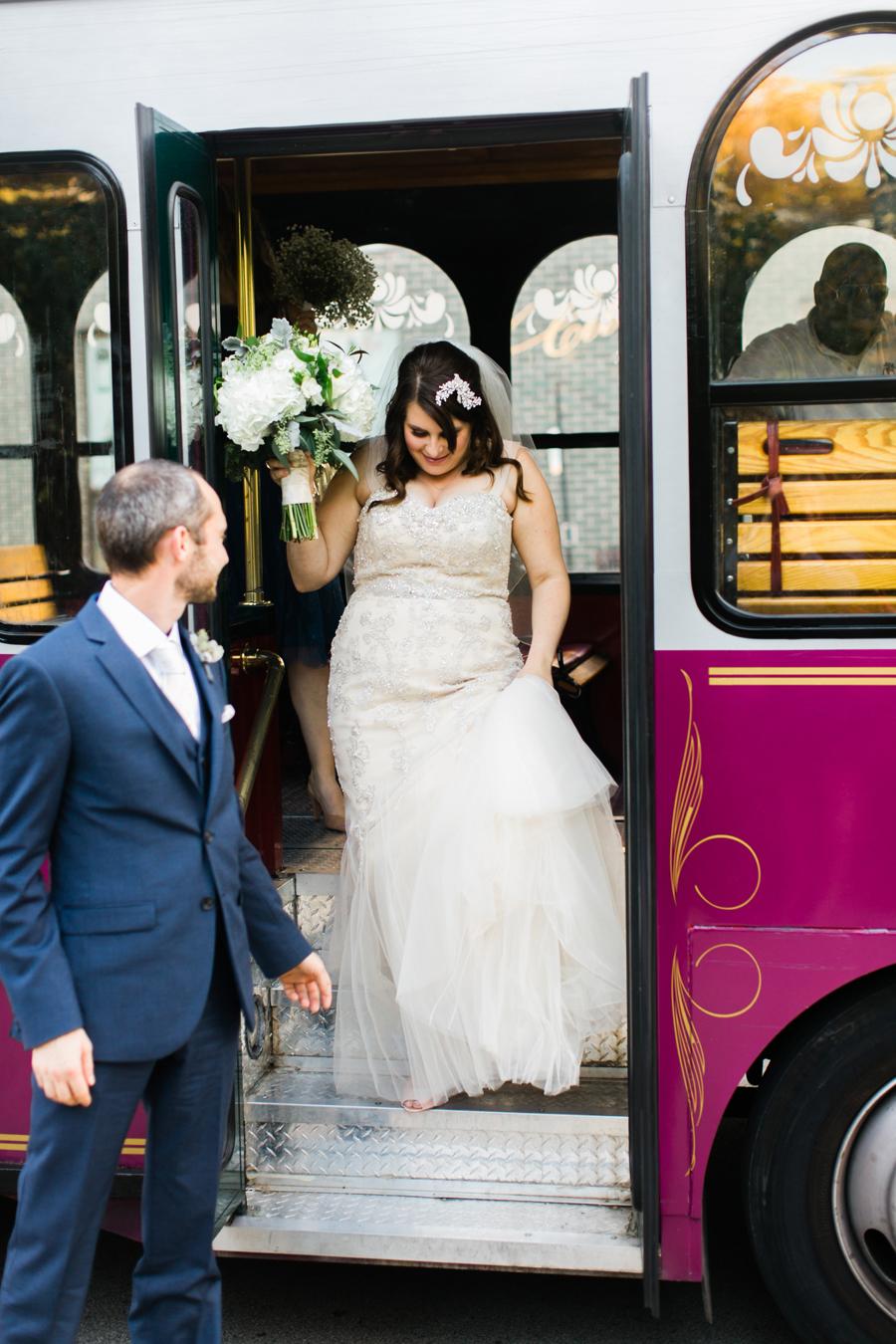 intimate-restaurant-wedding-chicago-013