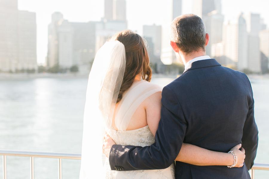 intimate-restaurant-wedding-chicago-025