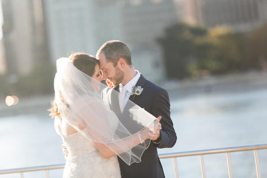 intimate-restaurant-wedding-chicago-027