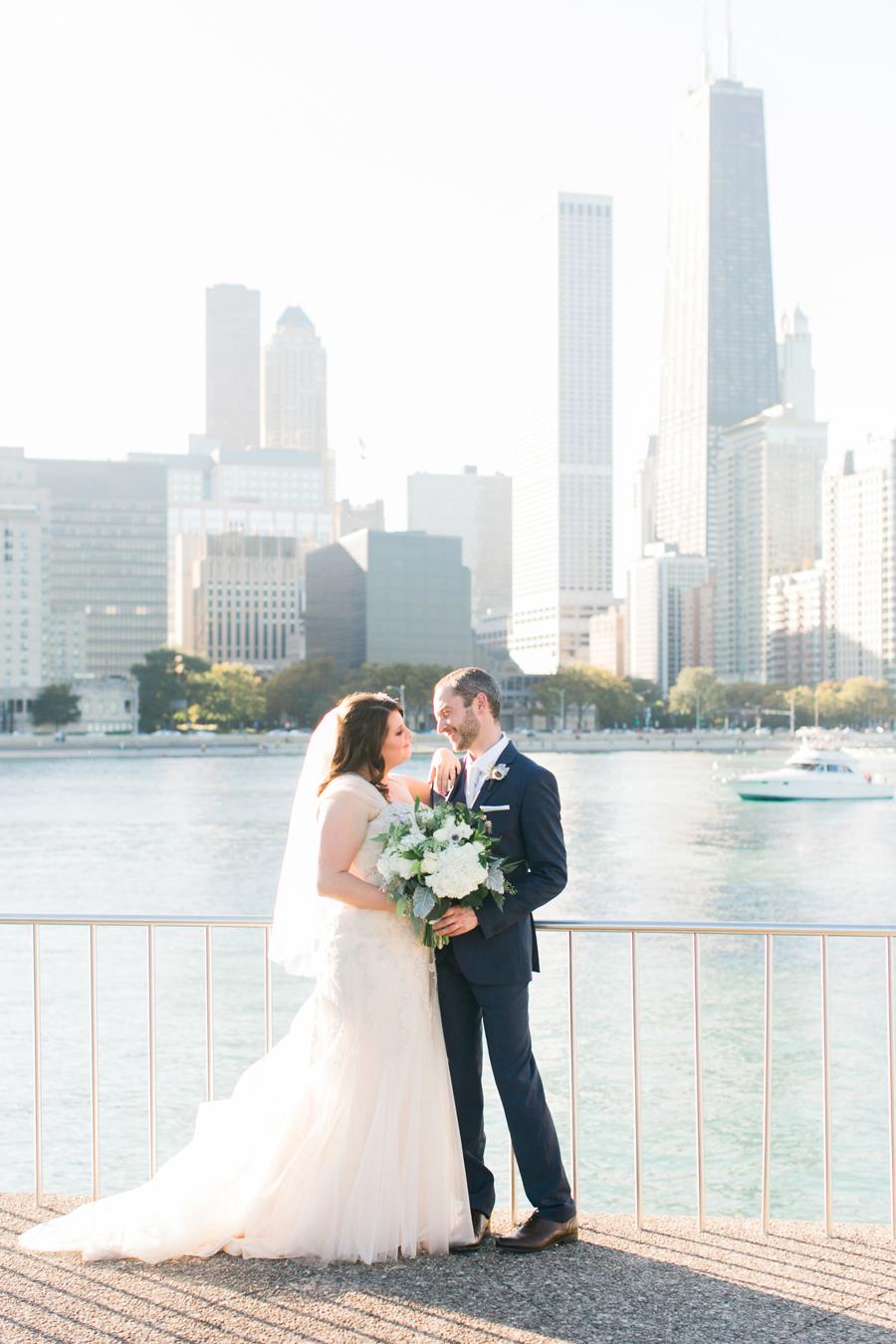 intimate-restaurant-wedding-chicago-028