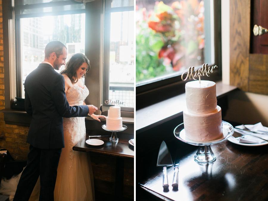 intimate-restaurant-wedding-chicago-037