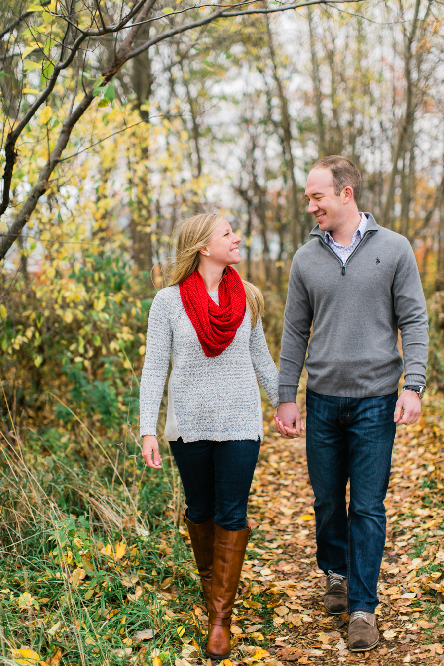 chicago-fall-engagement-photos-006