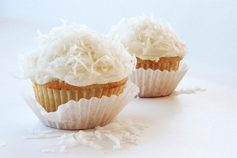 CoconutCupcakes2.jpg