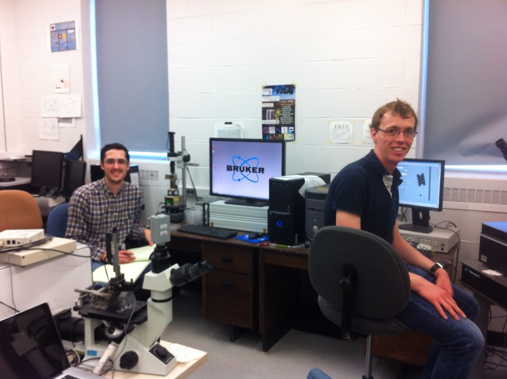 Courses are done!!! John Niven and Jean-Christophe Ono-dit-Biot, in the lab, finally!!!