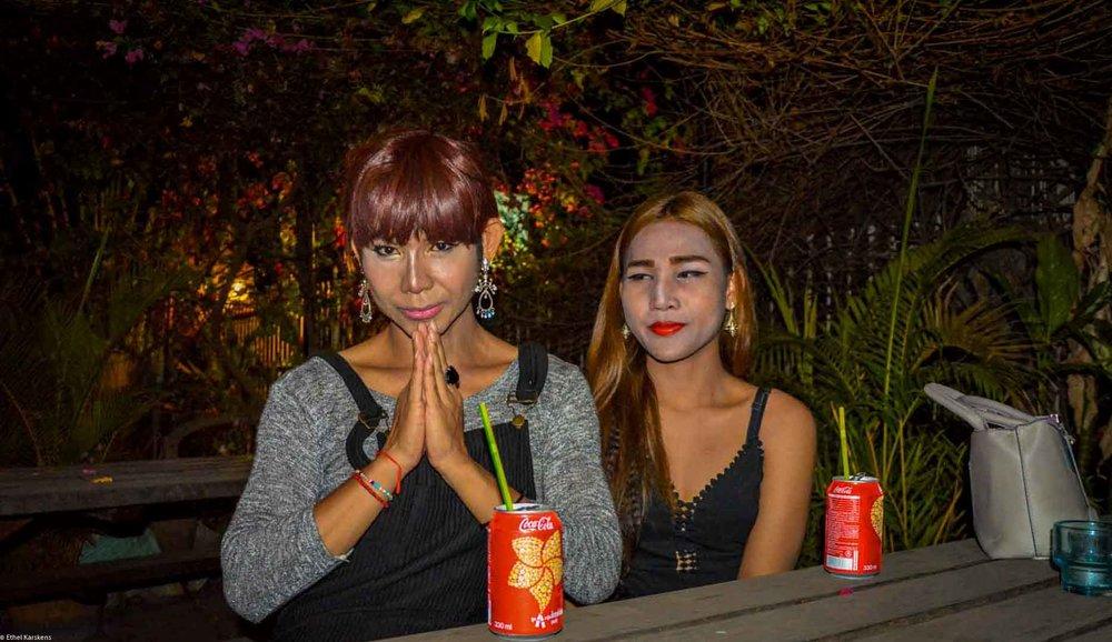 Femmes racontant leur histoire (Touch et son amie)