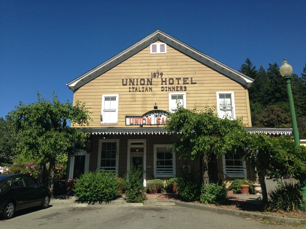 The Union Hotel - 12 Redwood Wedding Venues in the Bay Area — Tip Top Planning