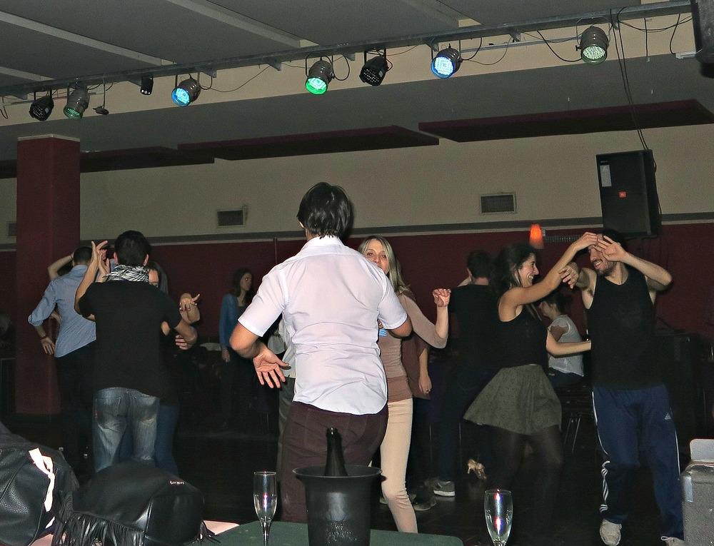 Salsa Dancing La Viruta - Buenos Aires Argentina - Tip Top Planning