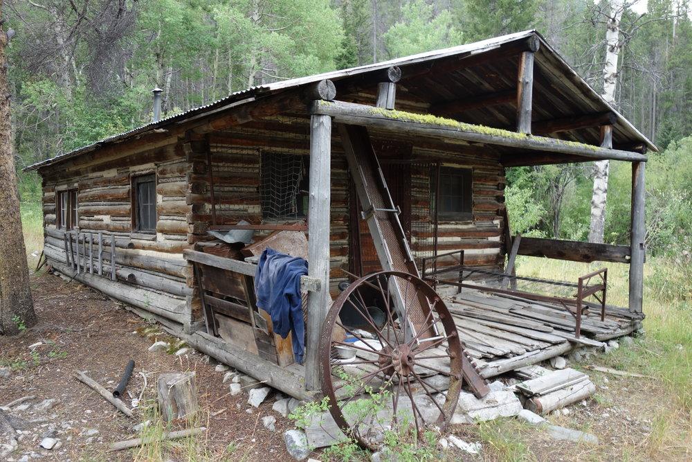 Creepy old cabin near Sheep Creek