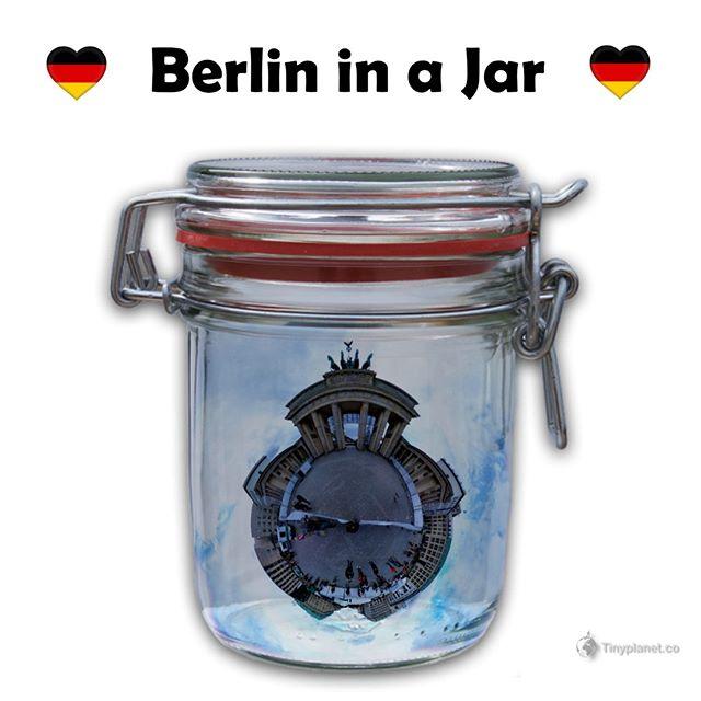 Another #InaJar view of the Brandenburg Gate in Berlin. . . . . .#berlinstravel  #visit_berlin #weilwirdichweilwirdichlieben #igersberlin#ig_berlin #officialfanofberlin #event0berlin #loves_united_berlin #360marketing #awesomeberlin#diestadtberlin #tinyplanetbuff #lifein360 #iheartberlin #ihavethisthingwithberlin #diewocheaufinstagram #wonderlustberlin #igersgermany #streetgrammer #berlinmitte #berlinized