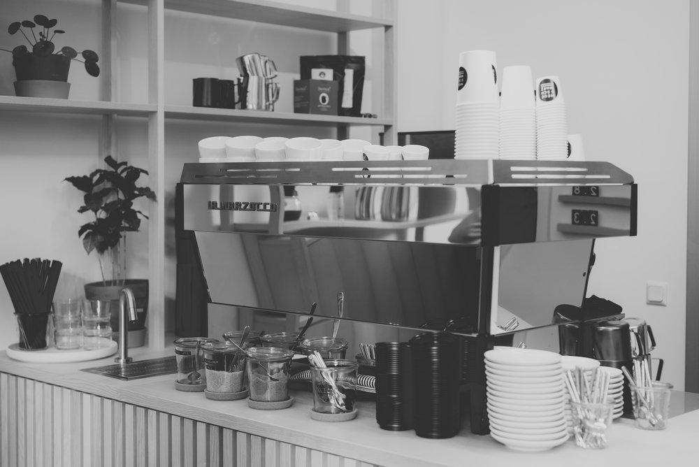 neues-schwarz-kaffeebar-06.jpg