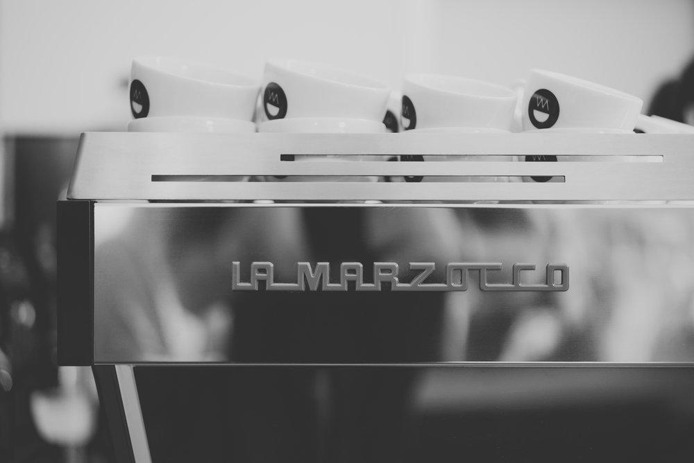 neues-schwarz-kaffeebar-07.jpg