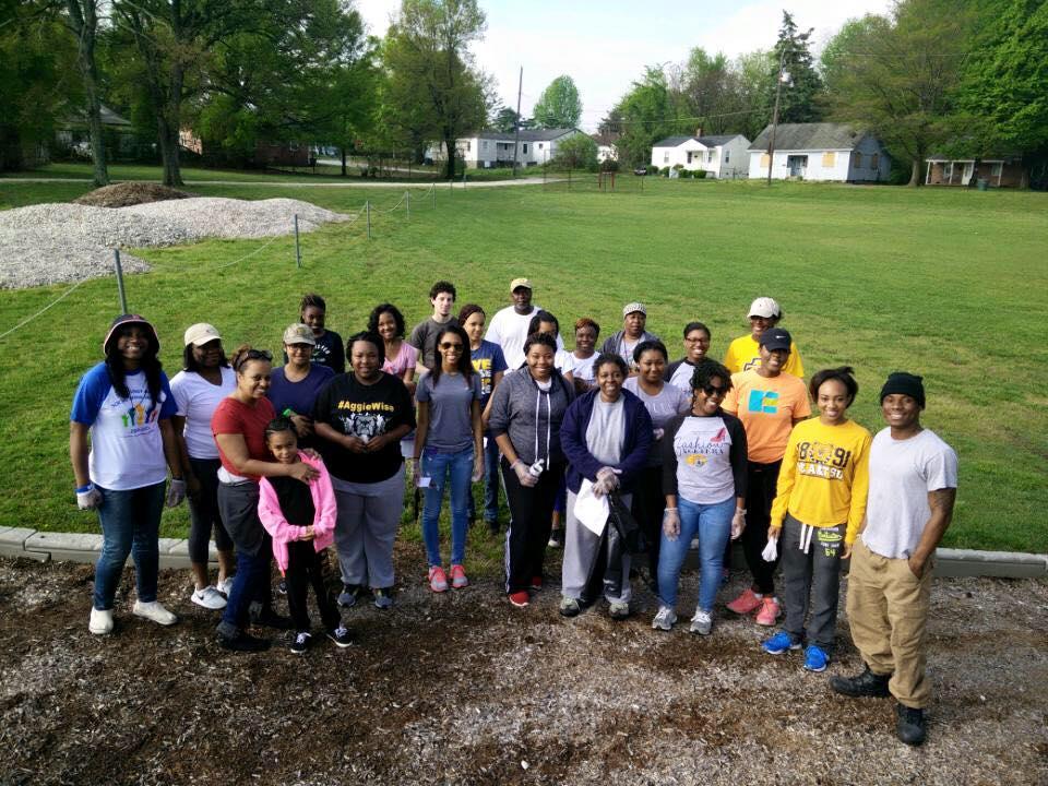 Jonesboro Scott Park - Great American Cleanup - April 2015.jpg