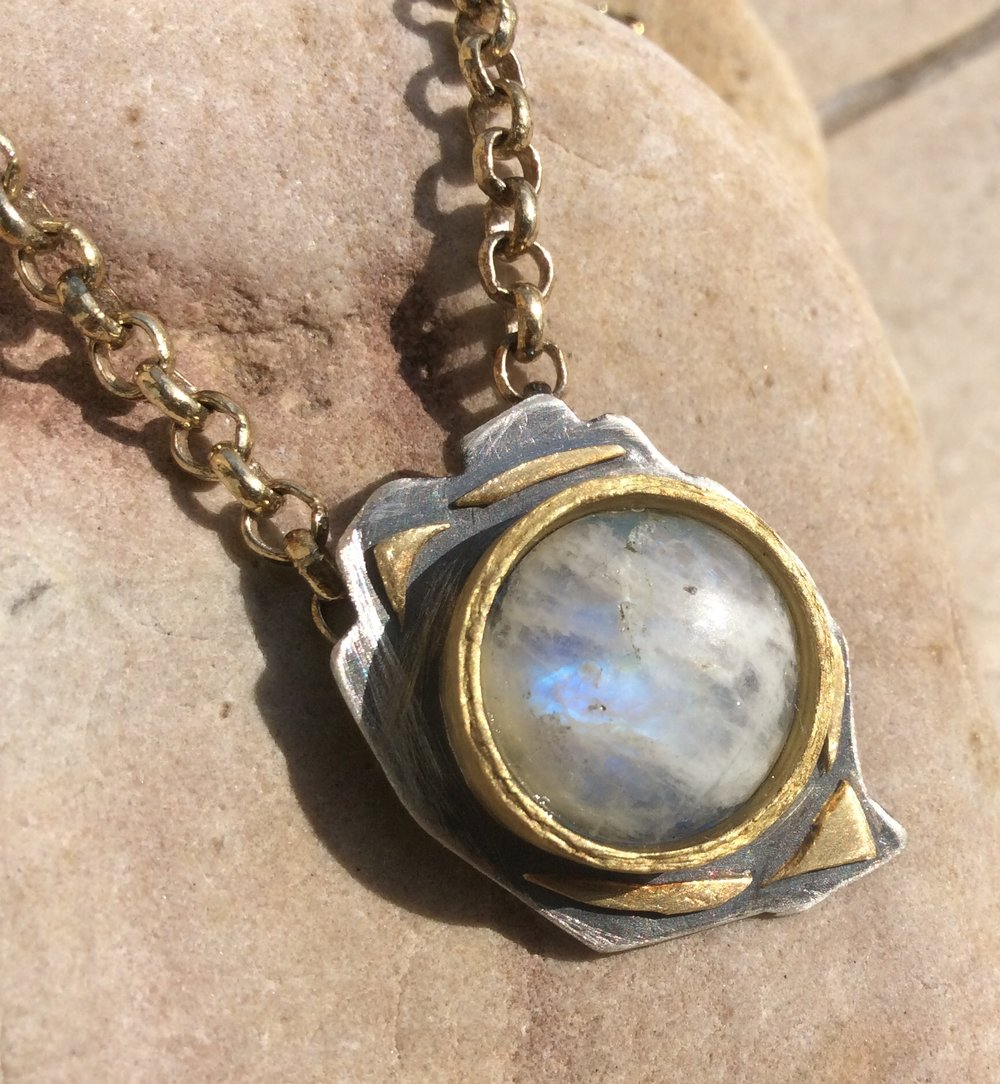 MOONSTONE IN GOLD AND SILVER.jpg