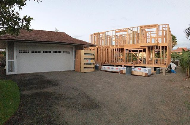 So I'm a little behind on the posts, but here is a late shot of our 2nd floor walls all plumbed and lined.  Next week will be sheathing, windows, downstairs siding in preparation for roof trusses a week from Monday 🤔. Hope everyone had a great week.  I'll try to get some more posts next week. Aloha! . . . #kihei #maui #hawaii #architecture #engineering  #homebuilder #contractor #designbuild #makena #wailea #rixey #design #designer #construction #framing #tidyfriday #alohafriday #mauinokaoi #halamastreet #structure #customhome #custom