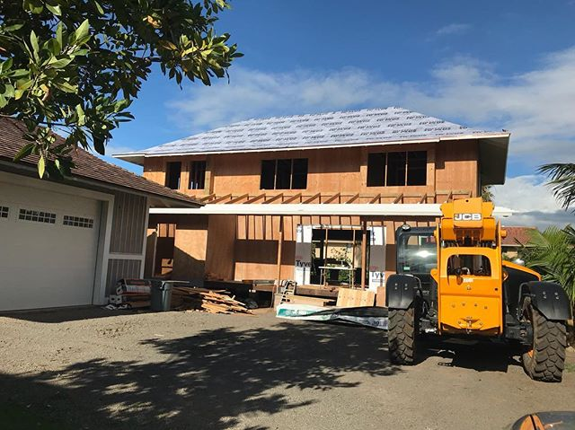 I've heard from many people struggling with their projects in the heavy rains on Maui the past few weeks. It can be tough physically, mentally, financially, etc. being at the mercy of Mother Nature, especially in the construction business.  We are very grateful to have snuck the water proofing on the main roof today.  Hope everyone has a good weekend! Stay dry.... Aloha 🤙 . . Big mahalo to our Harry Perriera Roofing for jumping on this 8:12 and hammering it out today.  @jke_808 . . #kihei #maui #hawaii #architecture #engineering #homebuilder #finehomebuilding #contractor #customdesign #designbuild #handcrafted #keepcraftalive #beachhouse #construction #framing  #carpentry #staydry #makena #wailea #oceanview #rixey #roofing #cedarshakes #workhard #alohafriday #hawaiianstyle