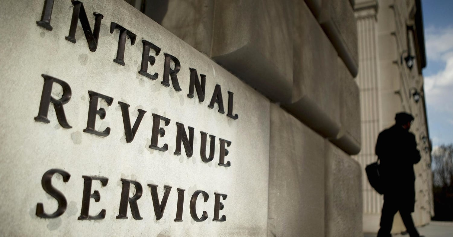 Tax payer responsibility mobile services irs building1910x1000g falaconquin