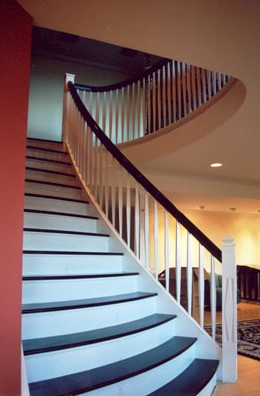 custom curved railing and balisters