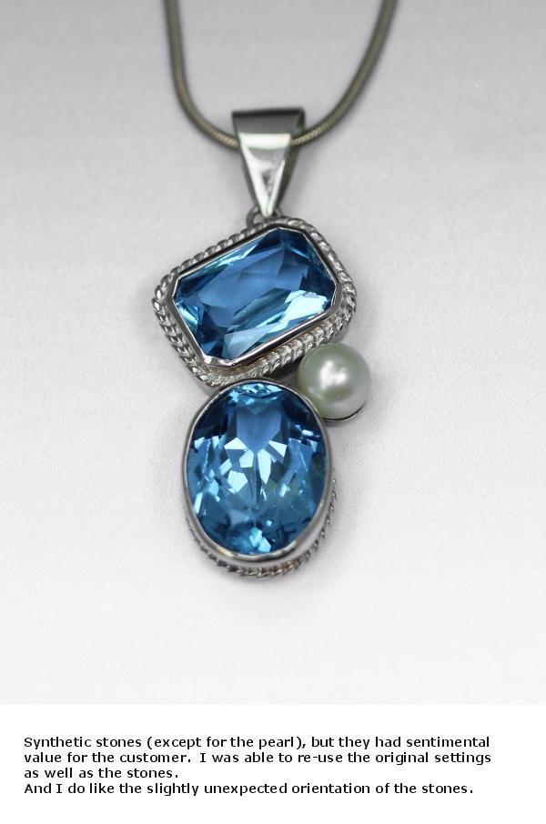 aqua pearl pendant.jpg