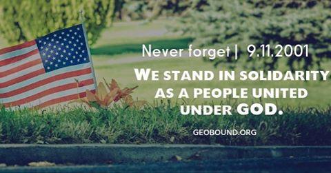 We stand together in remembrance. 🇺🇸 9.11.2001 #geobound🌎 #nineeleven #nineelevenmemorial #america