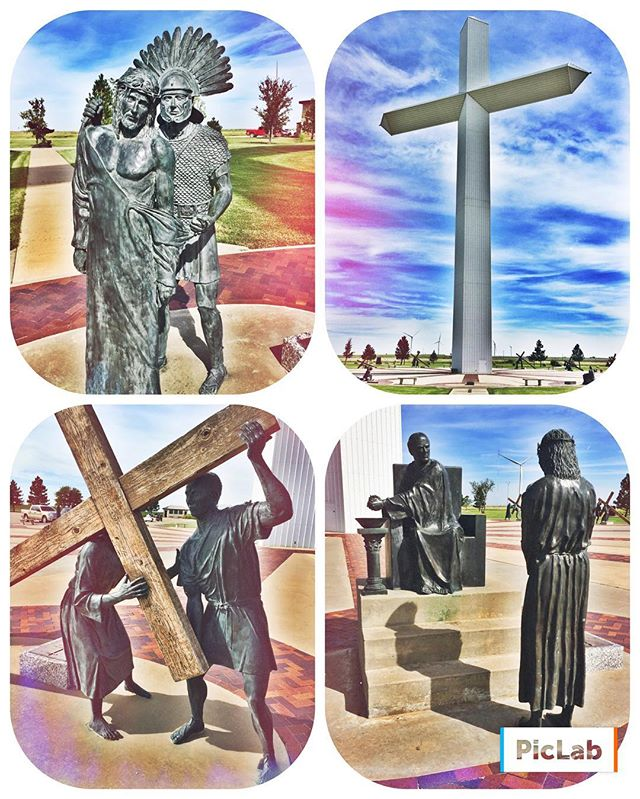 Visiting the largest cross of the #westernhemisphere and walking through the cross-process of #jesus. To say He endured pain is an understatement. Jesus did it for a relationship with you. He did it so that you could have the freedom of choice to have relationship with a God who cares for you. He did it out of love for you. ❤️ #unconditionallove #sacrifice #relationshipnotreligion #geobound🌎