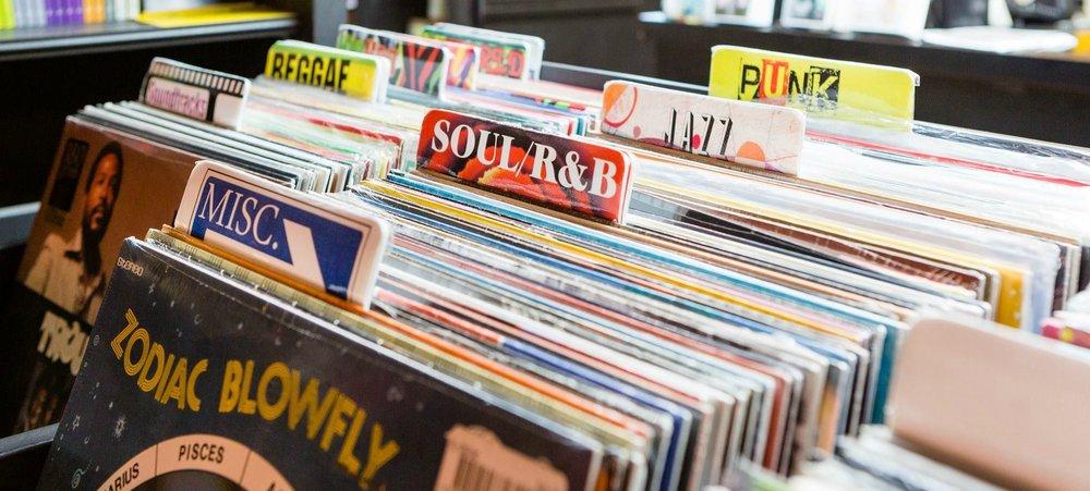 Albumism_Vinyl_Image.jpg
